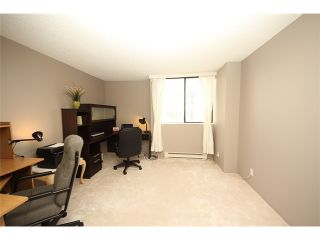 """Photo 8: 1307 3980 CARRIGAN Court in Burnaby: Government Road Condo for sale in """"DISCOVERY I"""" (Burnaby North)  : MLS®# V968039"""