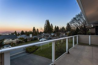 """Photo 3: 3048 ARMADA Street in Coquitlam: Ranch Park House for sale in """"RANCH PARK"""" : MLS®# R2567949"""