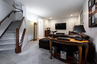 Photo 21: 360 Signature Court SW in Calgary: Signal Hill Semi Detached for sale : MLS®# A1112675
