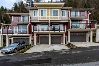 Photo 1: 79 6026 LINDEMAN STREET in Sardis: Promontory Townhouse for sale : MLS®# R2420758