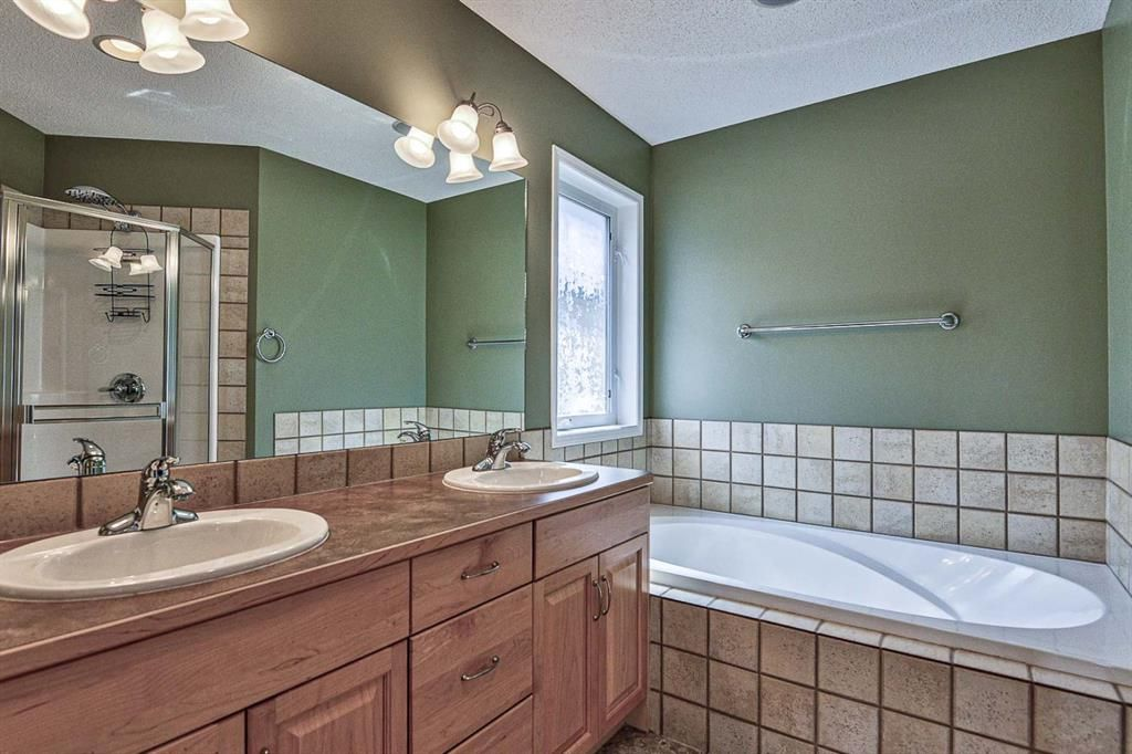 Photo 27: Photos: 106 Everwillow Close SW in Calgary: Evergreen Detached for sale : MLS®# A1116249