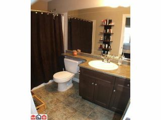 """Photo 7: 7027 180TH Street in Surrey: Cloverdale BC Townhouse for sale in """"Provinceton"""" (Cloverdale)  : MLS®# F1010751"""