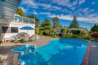 """Photo 36: 14528 SATURNA Drive: White Rock House for sale in """"Upper West White Rock"""" (South Surrey White Rock)  : MLS®# R2483571"""