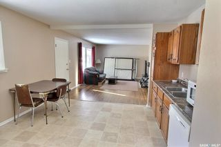 Photo 2: 459 25th Street East in Prince Albert: East Hill Residential for sale : MLS®# SK845753