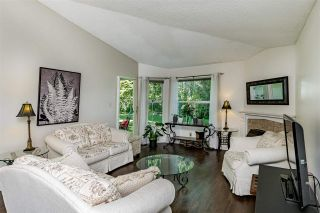 """Photo 7: 20 6537 138 Street in Surrey: East Newton Townhouse for sale in """"CHARLESTON GREEN"""" : MLS®# R2588648"""