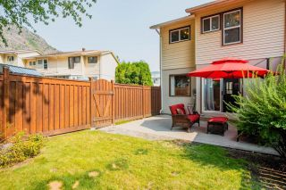 Photo 3: 3383 LAUREL CRESCENT in Trail: House for sale : MLS®# 2460966