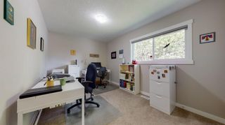 Photo 16: 210 Oakmoor Place SW in Calgary: Oakridge Detached for sale : MLS®# A1118445