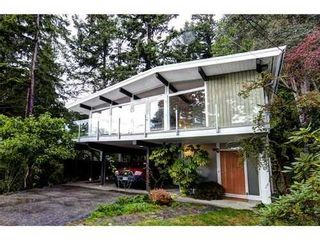 Photo 2: 4138 BURKEHILL Road in West Vancouver: Home for sale : MLS®# V1030215