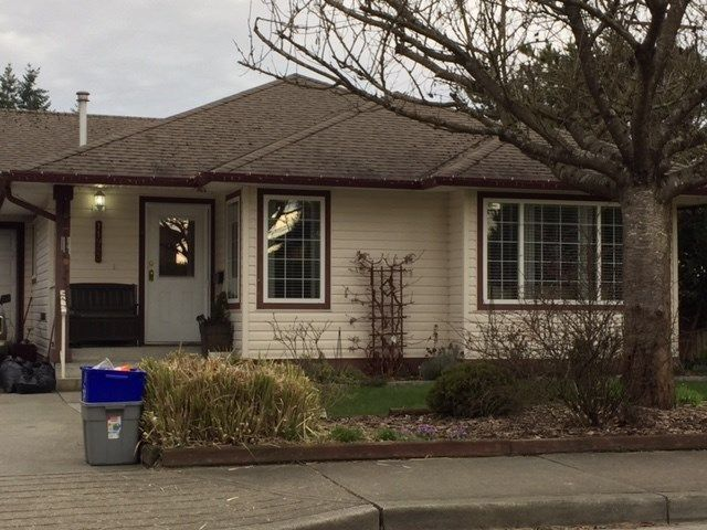 Main Photo: 11983 HALL Street in Maple Ridge: West Central 1/2 Duplex for sale : MLS®# R2249154