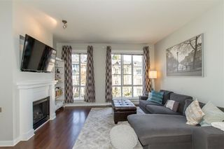 """Photo 2: 5 1240 HOLTBY Street in Coquitlam: Burke Mountain Townhouse for sale in """"Tatton"""" : MLS®# R2353272"""