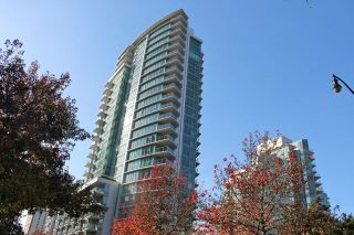 "Photo 2: 201 1616 BAYSHORE Drive in Vancouver: Coal Harbour Condo for sale in ""BAYSHORE GARDENS"" (Vancouver West)  : MLS®# R2010526"