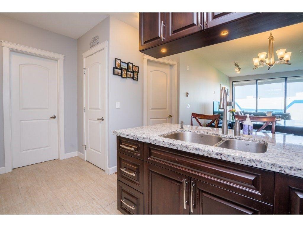 "Photo 11: Photos: 314 12635 190A Street in Pitt Meadows: Mid Meadows Condo for sale in ""CEDAR DOWNS"" : MLS®# R2189305"