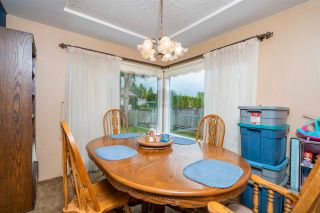Photo 5: 27153 34 Avenue: House for sale in Langley: MLS®# R2577651