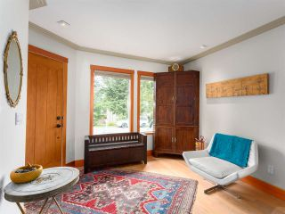 Photo 3: 2555 JURA Crescent in Squamish: Garibaldi Highlands House for sale : MLS®# R2176752