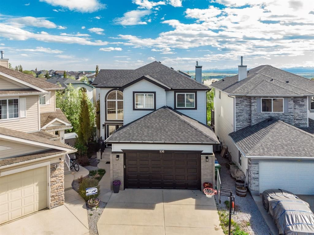 Main Photo: 106 Rockbluff Close NW in Calgary: Rocky Ridge Detached for sale : MLS®# A1111003