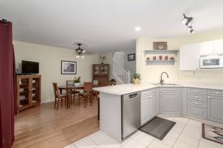 """Photo 14: 166 15501 89A Avenue in Surrey: Fleetwood Tynehead Townhouse for sale in """"Avondale"""" : MLS®# R2469254"""
