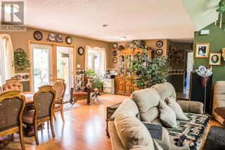 Photo 8: 22109 31 Avenue in Bellevue: House for sale : MLS®# A1055143