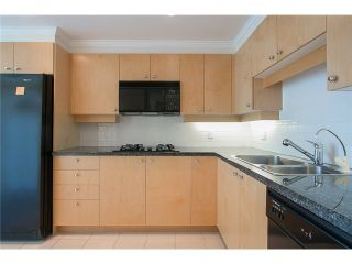 Photo 11: 901 1710 Bayshore Drive in Vancouver: Coal Harbour Condo  (Vancouver West)  : MLS®# V1048157