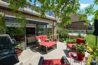Photo 4: 18 1220 Prominence Way SW in Calgary: Patterson Row/Townhouse for sale : MLS®# A1133893