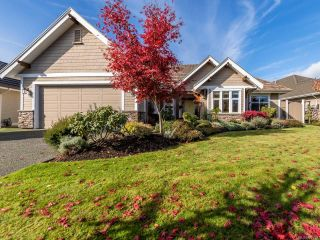 Photo 10: 3240 Majestic Dr in COURTENAY: CV Crown Isle House for sale (Comox Valley)  : MLS®# 827726
