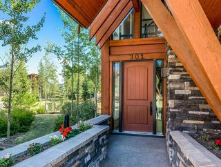 Photo 2: 301 2100F Stewart Creek Drive: Canmore Row/Townhouse for sale : MLS®# A1026088