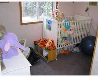 """Photo 9: 14520 HUBERT Road in Prince_George: Hobby Ranches Manufactured Home for sale in """"HOBBY RANCHES"""" (PG Rural North (Zone 76))  : MLS®# N188454"""