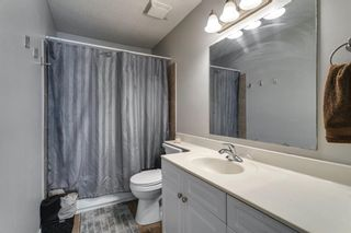 Photo 16: 111 Deerpath Court SE in Calgary: Deer Ridge Detached for sale : MLS®# A1121125
