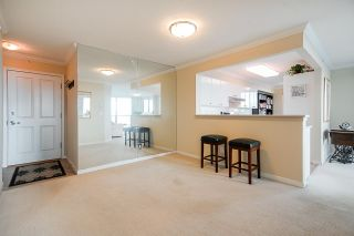 "Photo 8: 1303 6611 SOUTHOAKS Crescent in Burnaby: Highgate Condo for sale in ""Gemini 1"" (Burnaby South)  : MLS®# R2523037"