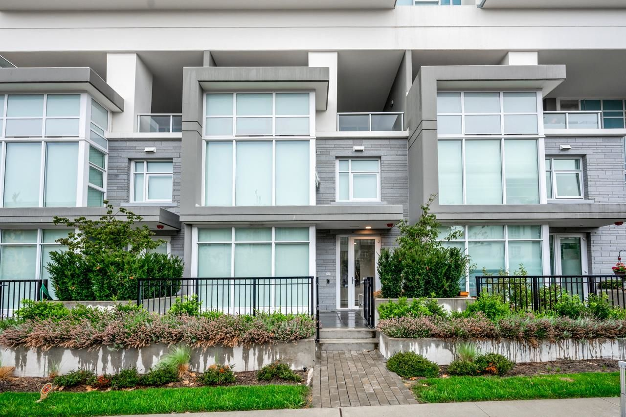 """Main Photo: 103 525 FOSTER Avenue in Coquitlam: Coquitlam West Townhouse for sale in """"Lougheed Heights 2"""" : MLS®# R2612200"""