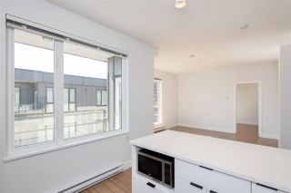 "Photo 12: PH15 5355 LANE Street in Burnaby: Metrotown Condo for sale in ""INFINITY"" (Burnaby South)  : MLS®# R2495174"