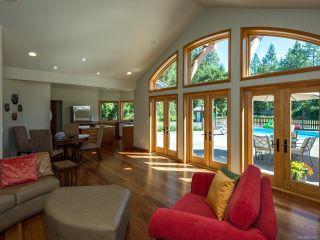 Photo 5: 5584 Prendergast Rd in COURTENAY: CV Courtenay West House for sale (Comox Valley)  : MLS®# 837501