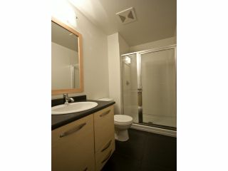 """Photo 12: 119 33539 HOLLAND Avenue in Abbotsford: Central Abbotsford Condo for sale in """"The Crossing"""" : MLS®# F1427624"""
