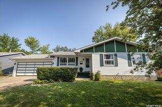Photo 1: 2422 37th Street West in Saskatoon: Westview Heights Residential for sale : MLS®# SK866838