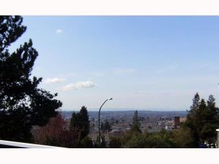Photo 4: 5155 EMPIRE DR in Burnaby: Capitol Hill BN House for sale (Burnaby North)  : MLS®# V817314