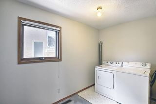 Photo 17: 52 Shawnee Way SW in Calgary: Shawnee Slopes Detached for sale : MLS®# A1117428