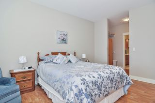 "Photo 11: 403 5430 201 Street in Langley: Langley City Condo for sale in ""SONNET"" : MLS®# R2479935"