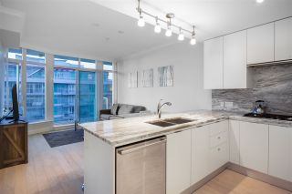 """Photo 6: 805 185 VICTORY SHIP Way in North Vancouver: Lower Lonsdale Condo for sale in """"CASCADE AT THE PIER"""" : MLS®# R2421041"""