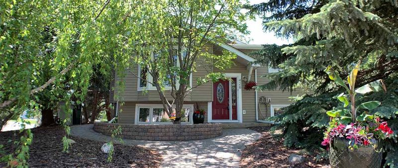FEATURED LISTING: 426 ST. ANDREWS Place Stony Plain