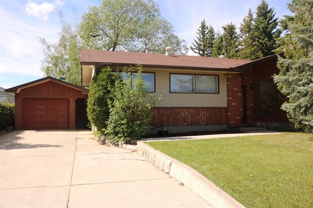 Main Photo: 5629 50 Street: Olds Detached for sale : MLS®# A1118761