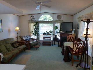 """Photo 7: 26 24330 FRASER Highway in Langley: Otter District Manufactured Home for sale in """"LANGLEY GROVE ESTATES"""" : MLS®# R2264005"""