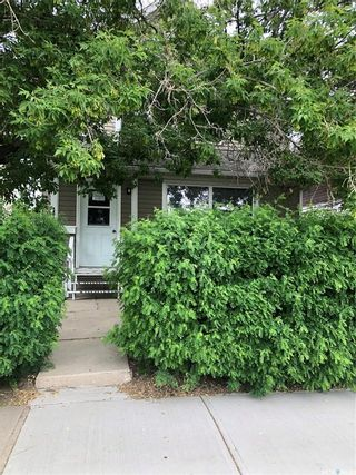 Photo 2: 1109 5th Avenue Northwest in Moose Jaw: Central MJ Residential for sale : MLS®# SK861194
