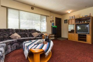 Photo 4: 13475 87A Avenue in Surrey: Queen Mary Park Surrey House for sale : MLS®# R2154505