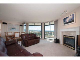 """Photo 1: 1302 4425 HALIFAX Street in Burnaby: Brentwood Park Condo for sale in """"POLARIS"""" (Burnaby North)  : MLS®# V1077789"""