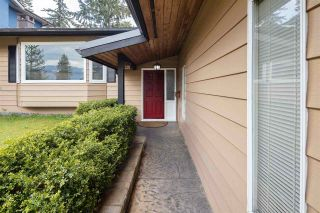 """Photo 2: 606 WATERLOO Drive in Port Moody: College Park PM House for sale in """"COLLEGE PARK"""" : MLS®# R2573881"""