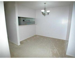 "Photo 3: 208 3085 PRIMROSE Lane in Coquitlam: North Coquitlam Condo for sale in ""LAKESIDE COMPLEX"" : MLS®# V681490"
