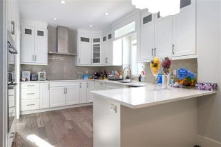 Photo 3: 6655 Elwell Street in Burnaby: House for sale