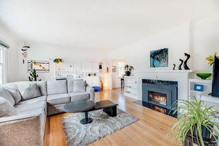 Photo 2: 250 Michigan St in : Vi Downtown Half Duplex for sale (Victoria)  : MLS®# 870079