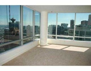 """Photo 3: 2704 1077 W CORDOVA ST in Vancouver: Coal Harbour Condo for sale in """"SHAW TOWER"""" (Vancouver West)  : MLS®# V537380"""