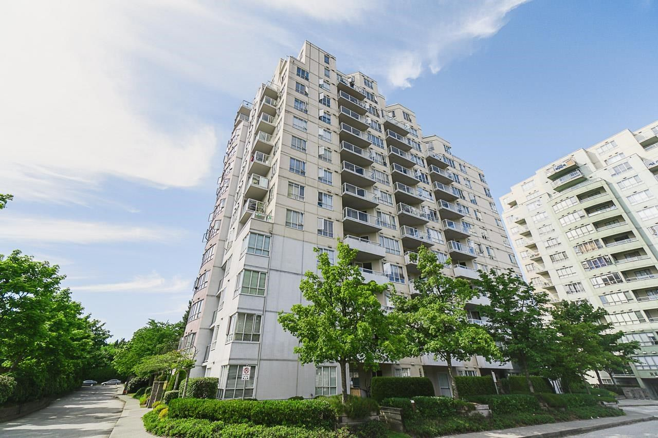 Main Photo: 1004 3455 ASCOT PLACE in Vancouver: Collingwood VE Condo for sale (Vancouver East)  : MLS®# R2598495
