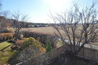 Photo 2: 7067 EDGEMONT Drive NW in Calgary: Edgemont House for sale : MLS®# C4143123